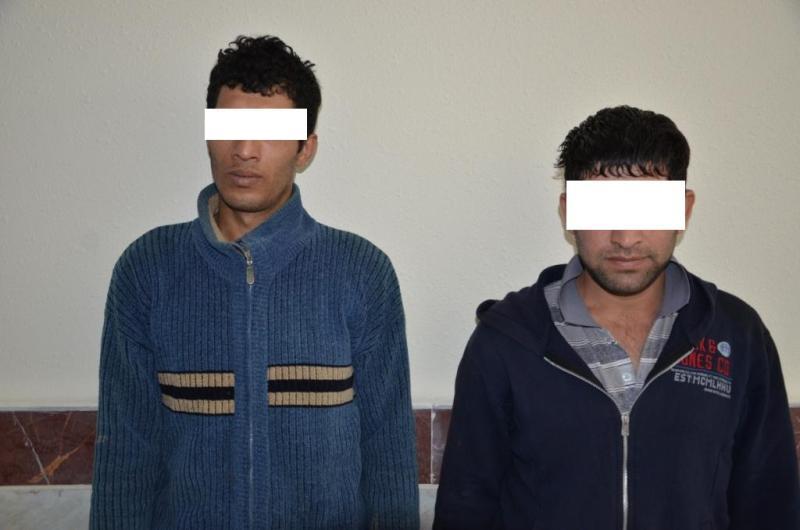 دستگیری دو سارق داخل خودرو با ۸۹ فقره سرقت در بابل + عکس