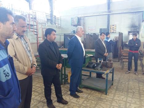بازدید مسئولین آموزش و پرورش چهاردانگه از مرکز فنی و حرفه ای کیاسر