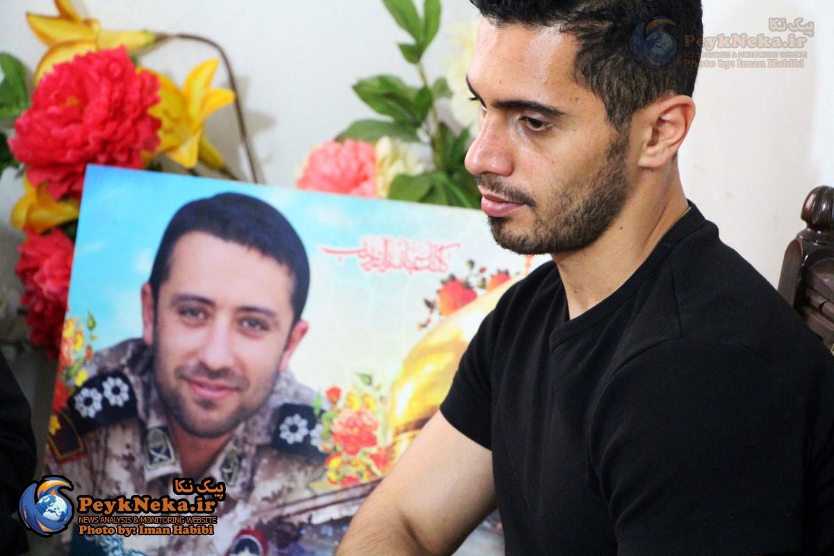 امید عالیشاه با خانواده شهدای مدافع حرم شهرستان نکا دیدار کرد+تصاویر