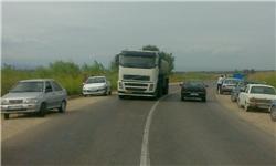 انسداد جاده گهرباران توسط اهالی به دلیل تصادف خونین