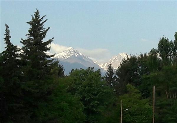 بارش ۱۵ سانتیمتری برف ارتفاعات کلاردشت را سفیدپوش کرد
