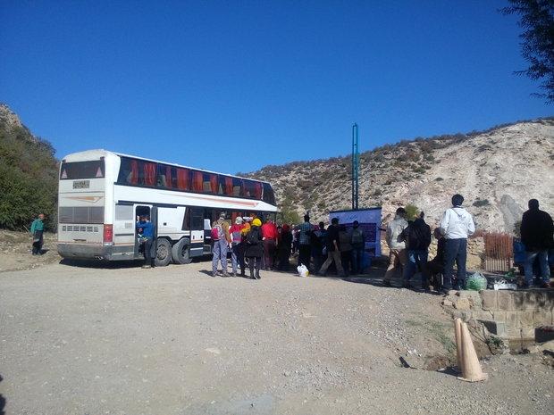 زخم تورهای غیرمجاز بر گردشگری