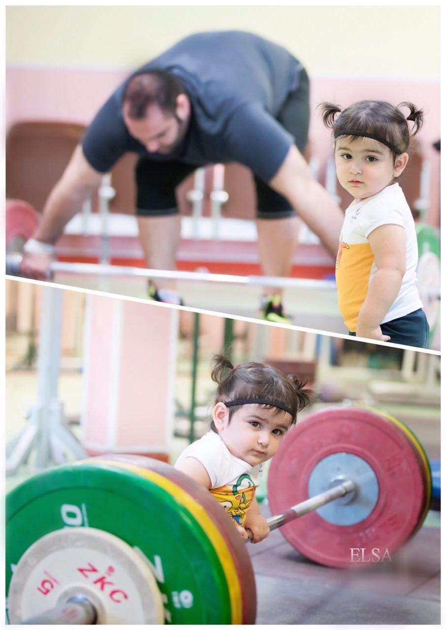 سلین سلیمی نظاره گر تمرینات پدر