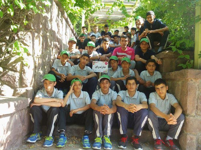 گزارش تصویری از حضور دانش آموزان چهاردانگه در اردوی بنیاد علوی - تهران