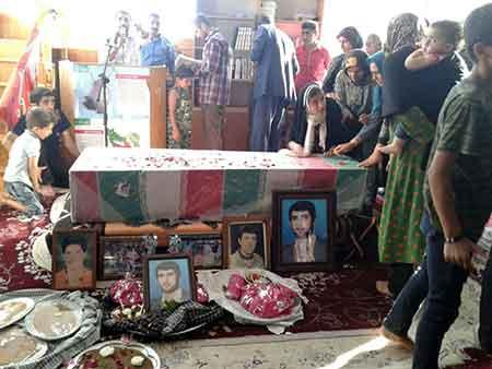 گزارش تصویری تشییع با شکوه شهید گمنام در بخش چهاردانگه (بخش اول)
