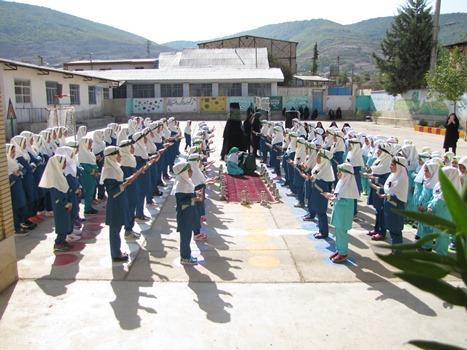 زنگ آغاز سال تحصیلی در مدارس منطقه چهاردانگه نواحته شد