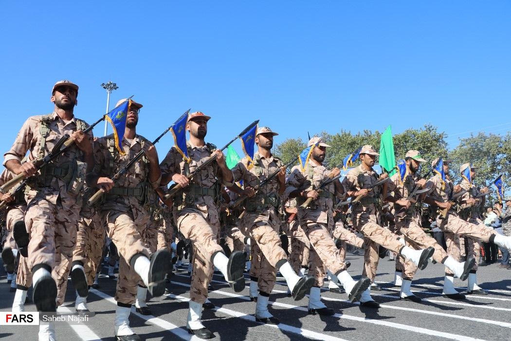 گزارش تصویری،  رژه نیروهای مسلح در ساری به مناسبت هفته دفاع مقدس
