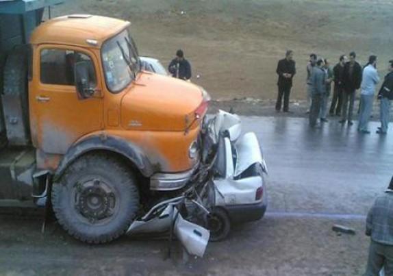 3 کشته و 3 زخمی در تصادف جاده هراز
