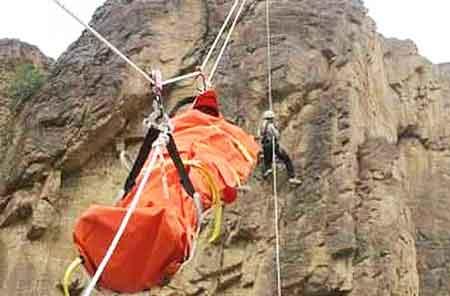 سقوط مرگبار یک کوهنورد از ارتفاعات علم کوه