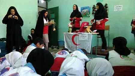 اجرای طرح دستهای مهربان در مدارس منطقه چهاردانگه+ تصاویر