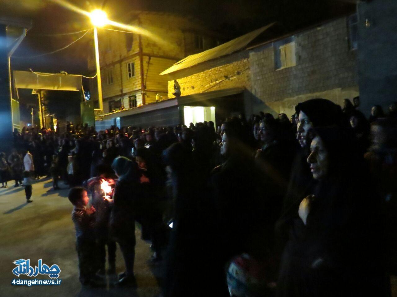 آئین شام غریبان شهدای کربلا در شهر کیاسر برگزار شد + تصاویر