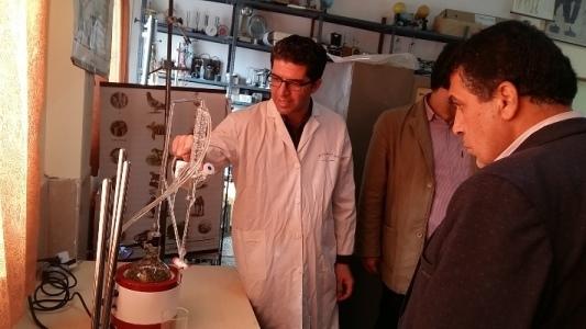 آزمایشگاه زیست فناوری در پژوهش سرای منطقه چهاردانگه راه اندازی شد