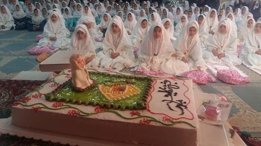جشن تکلیف در مدارس منطقه چهاردانگه برگزار شد + تصاویر
