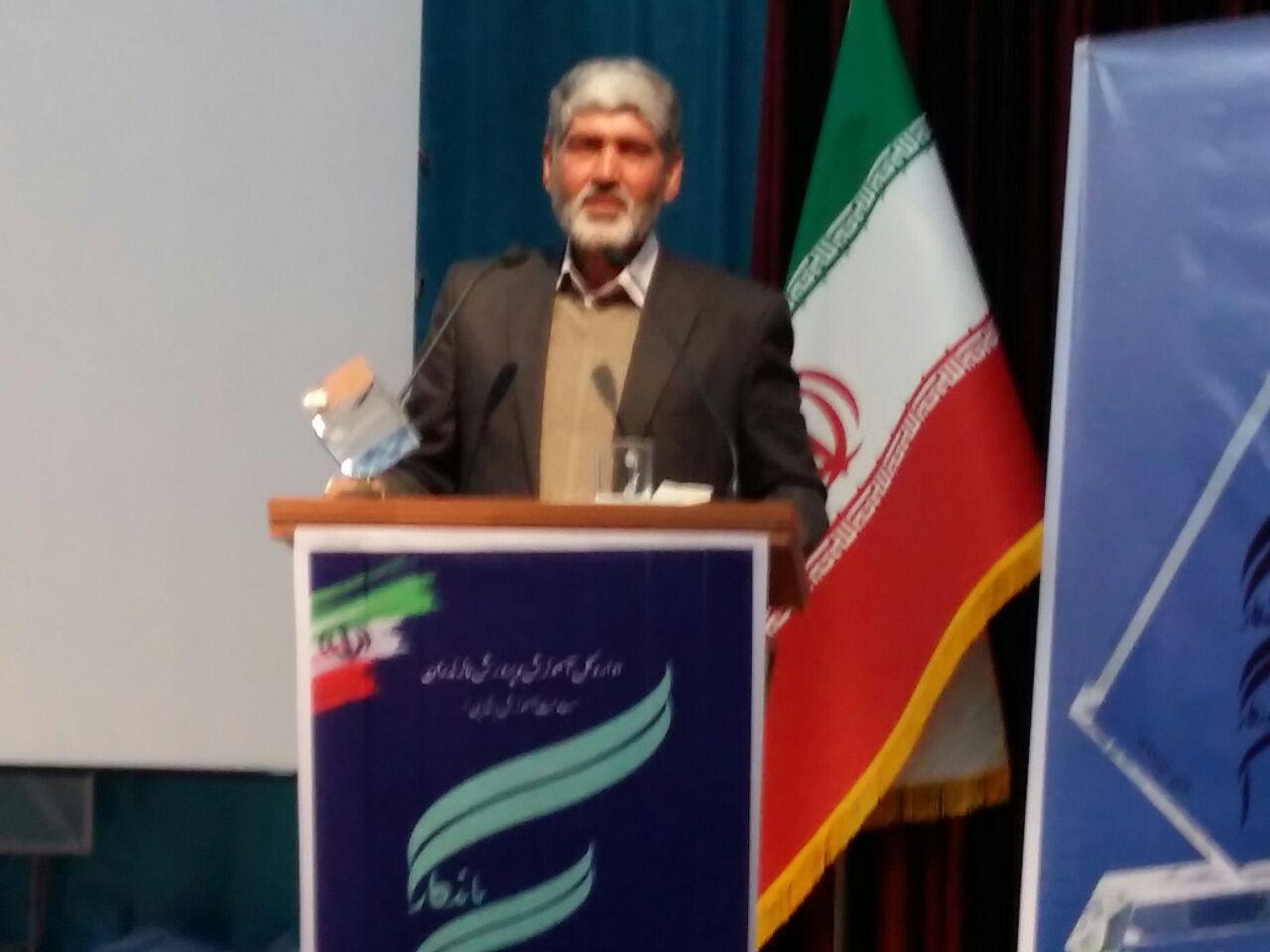 یک چهاردانگه ای به عنوان آموزگار ماندگار استان مازندران انتخاب شد