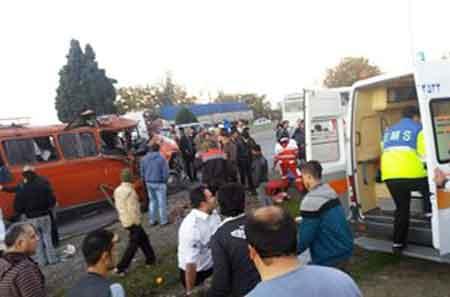 21 مصدوم حاصل دو حادثه رانندگی در شرق مازندران/ حال 2 مصدوم وخیم است