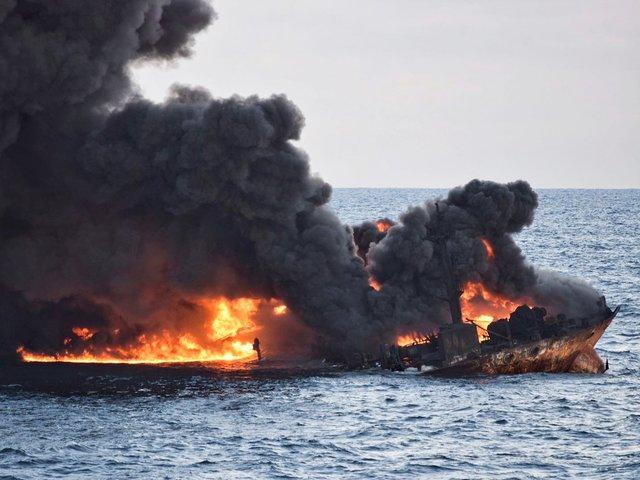 ضربه به کشتی و تناژ بالای میعانات گازی، میتواند دلیل اصلی انفجار سانچی باشد