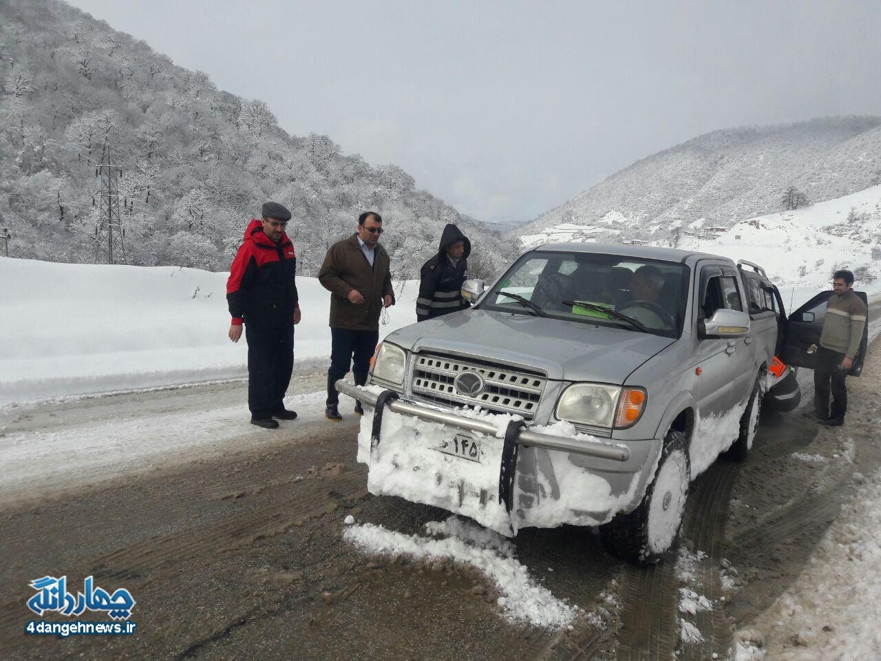 بخشدار آخرین وضعیت بخش چهاردانگه را در پی بارش شدید برف تشریح کرد