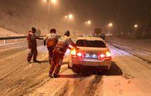 امدادرسانی به 821 خودروی گرفتار در برف و کولاک