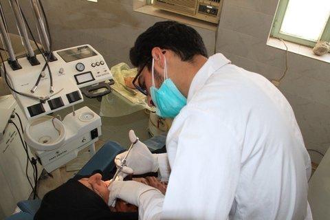 درمان دندان درد خارجیها در دانشکده دندانپزشکی بابل