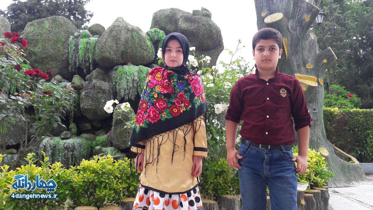 تجلیل از دو دانش آموزان چهاردانگه در اختتامیه جشنواره جابربن حیان استان مازندران