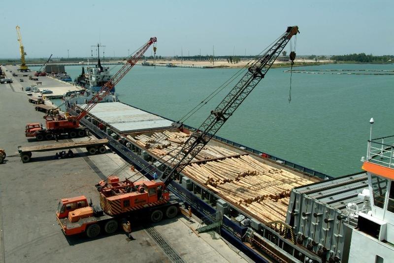 بندر امیرآباد رتبه نخست صادرات بنادر شمالی کشور را کسب کرد