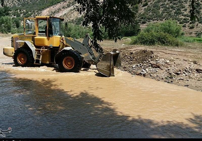 امدادرسانی به روستاییان گرفتار سیلاب در شهرهای مازندران ادامه دارد