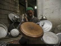 """آقا سید حسین """"پیر مسگر"""" از کیاسر/ مسگری در آستانه صد سالگی"""