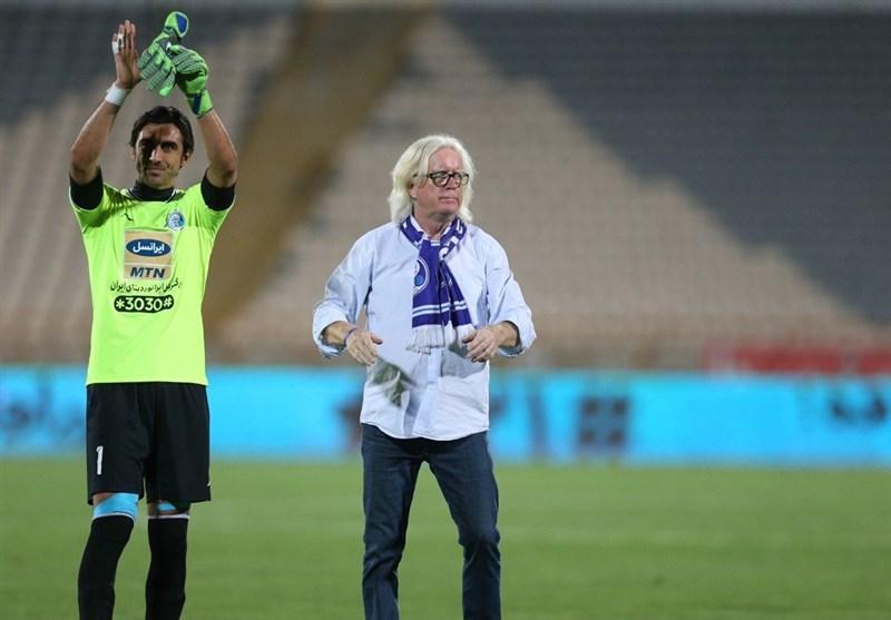 مهدی رحمتی: به فوتبال ایران بهخاطر جو ورزشگاه وطنی تبریک میگویم