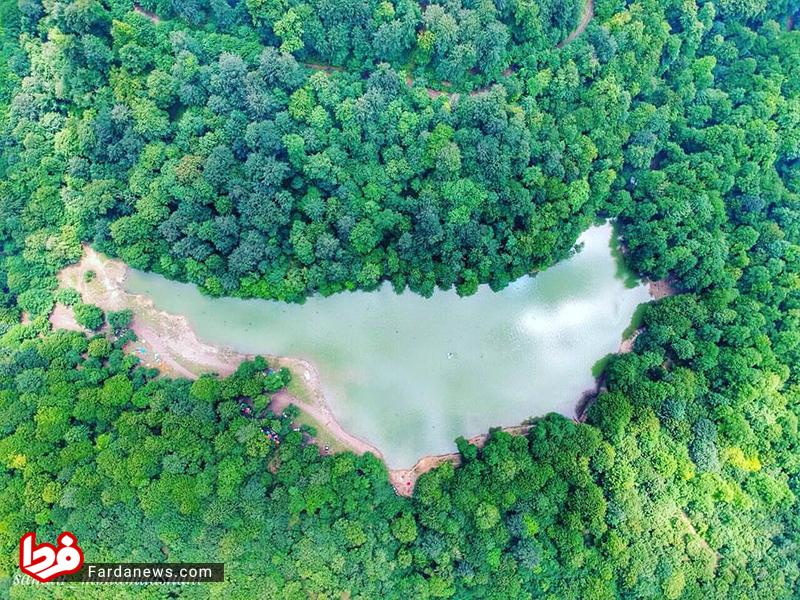 تصویری فوق العاده از دریاچه چورت چهاردانگه