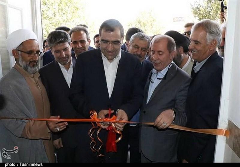 وزیر بهداشت پروژههای بهداشتی درمانی غرب مازندران افتتاح شد