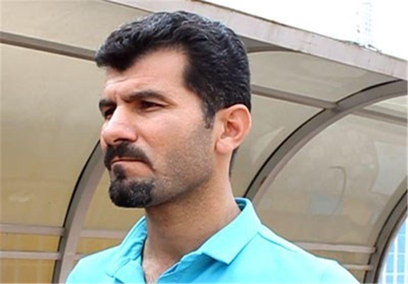 مازندران| داریوش یزدی به نشست خبری نرسید