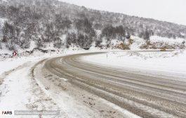 گزاش تصویری از یک روز برفی در جادهکیاسر