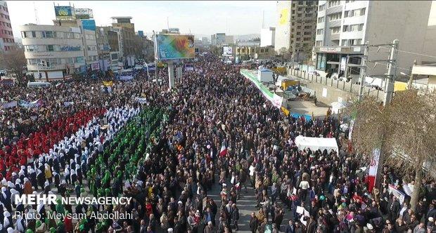 تقدیر مسئولان از حماسه آفرینی مردم مازندران در ۲۲ بهمن