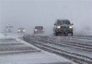 ترافیک سنگین در محورهای هراز و کندوان/ بارش برف در محورهای سوادکوه و کیاسر