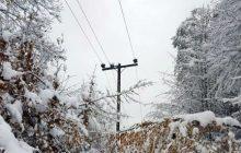 قطع برق برخی مناطق چهاردانگه بر اثر برف و کولاک