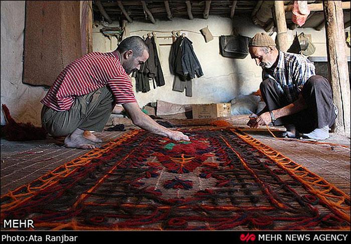 صنایع دستی پرنقش و نگار / برپایی بازارچه های نوروزی در مازندران