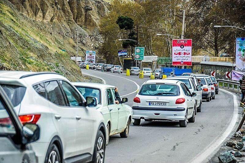 ترافیک-در-جاده-کندوان-پرحجم-است.jpg