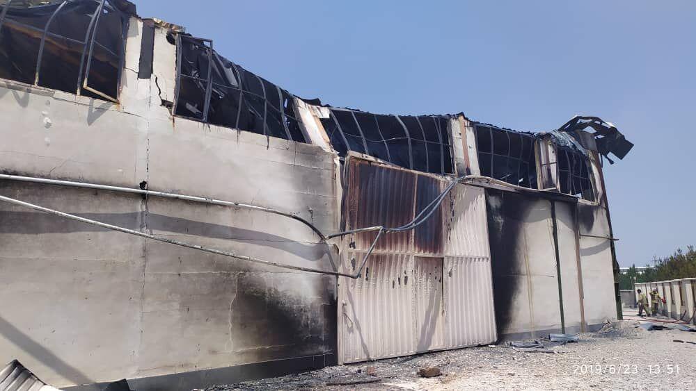 خسارت آتش سوزی کارخانه فوم ساری ۱۰۰ میلیارد ریال برآورد شد
