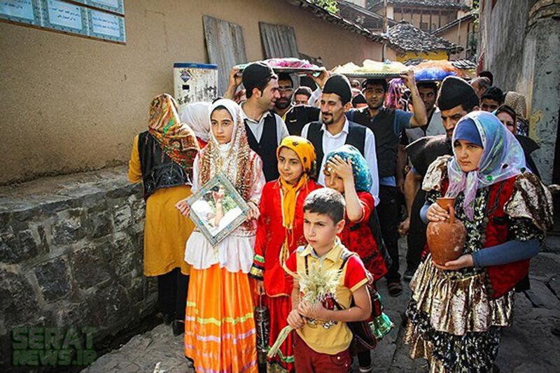 مردم مازندران با کارناوال شادی سال نو تبری را جشن میگیرند