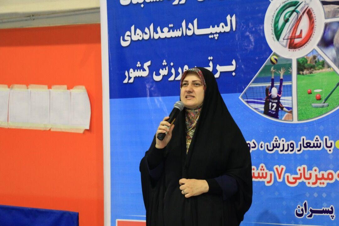 مدیرکل اموربانوان مازندران امکانات برابر ورزشی برای زنان را خواستار شد
