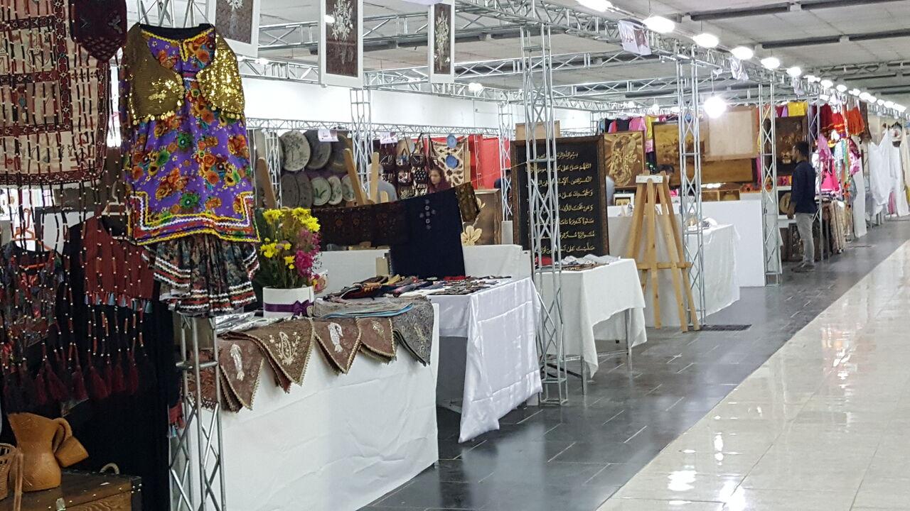 نمایشگاه ملی صنایع دستی در مازندران آغاز به کار کرد