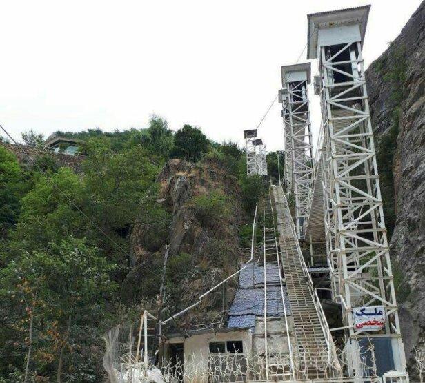 گزارشی از ساخت ویلای آسانسوردار در ارتفاعات کلاردشت