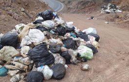 تصاویر اختصاصی از تخلیه زباله در حاشیه جاده چهاردانگه