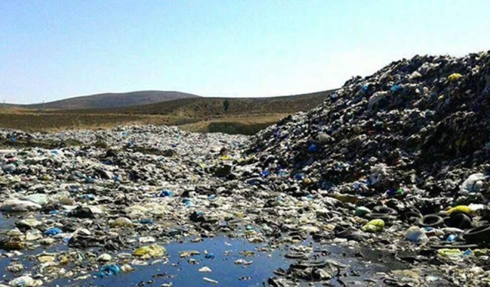 فعلا زبالهای در منطقه چهاردانگه تخلیه نمیشود/ادامه تجمع اهالی منطقه پشتکوه