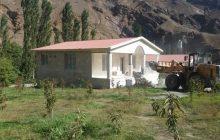 تخریب چهار ویلا غیرمجاز با حضور ماموران انتظامی در بخش بلده مازندران