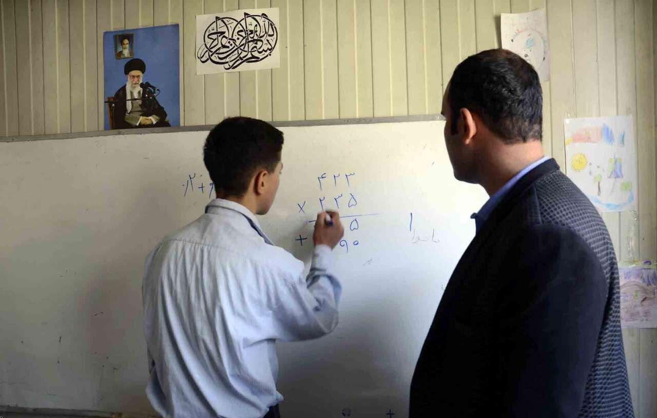 کمبود معلم در مازندران، معاونان مدارس را سر کلاس درس برد