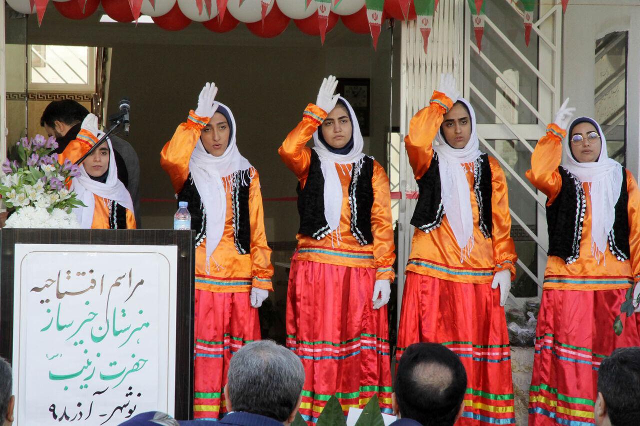 افتتاح-هنرستان-خیرساز-در-نوشهر-با-حضور-معاون-وزیر.jpg