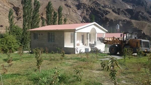 اقدام-داوطلبانه-کشاورز-بابلی-با-تخریب-بنای-غیرمجاز.jpg