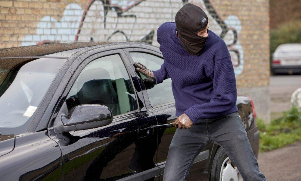 سارق خودرو در آمل گرفتار قانون شد