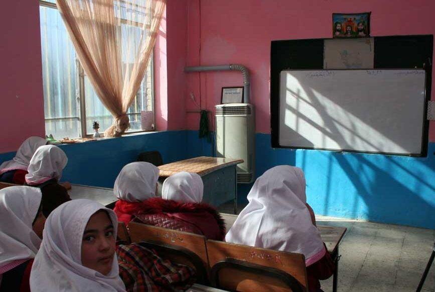 مدارس مناطق کوهستانی مازندران مشکل سوخت ندارند